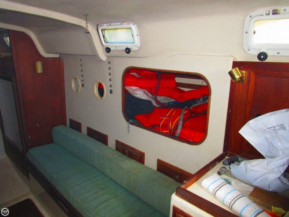 1973 Irwin boat for sale, model of the boat is 37-1 & Image # 7 of 40