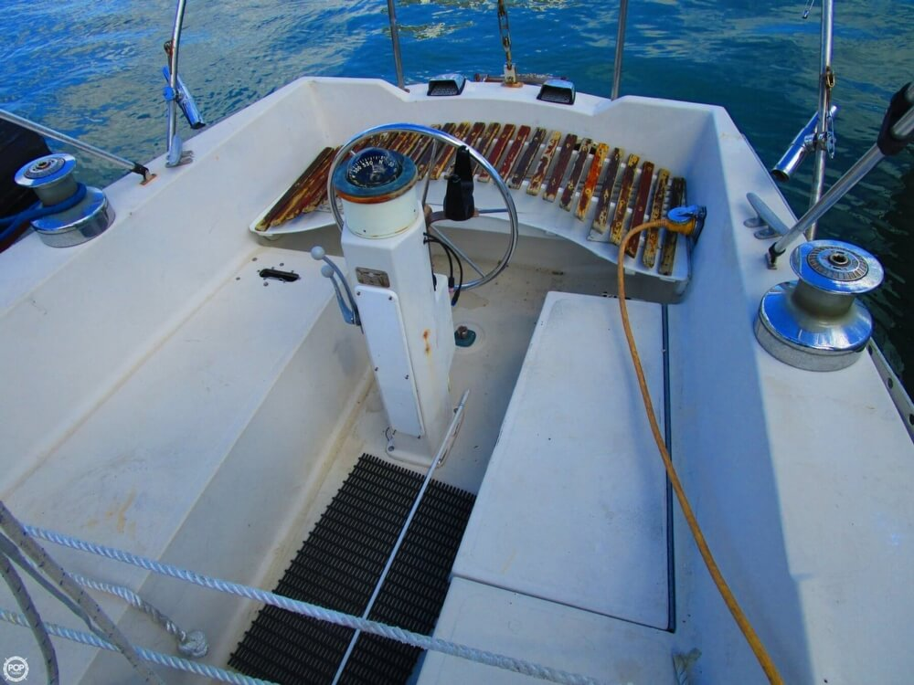 1973 Irwin boat for sale, model of the boat is 37-1 & Image # 13 of 40