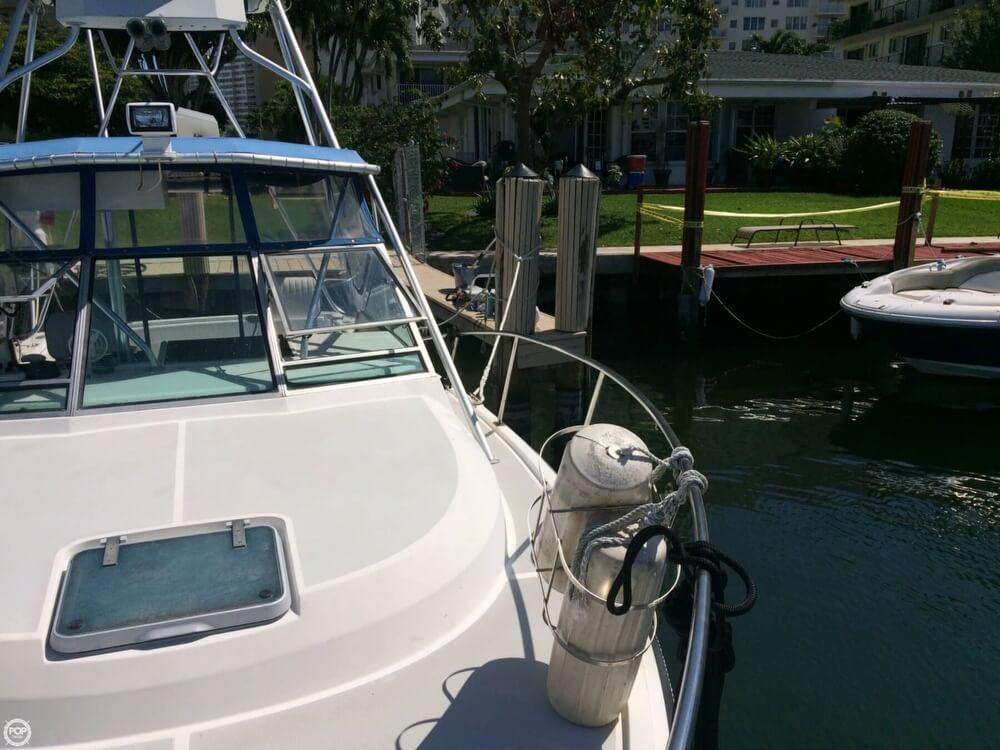 1985 Tiara Yachts boat for sale, model of the boat is 2700 Pursuit & Image # 25 of 40