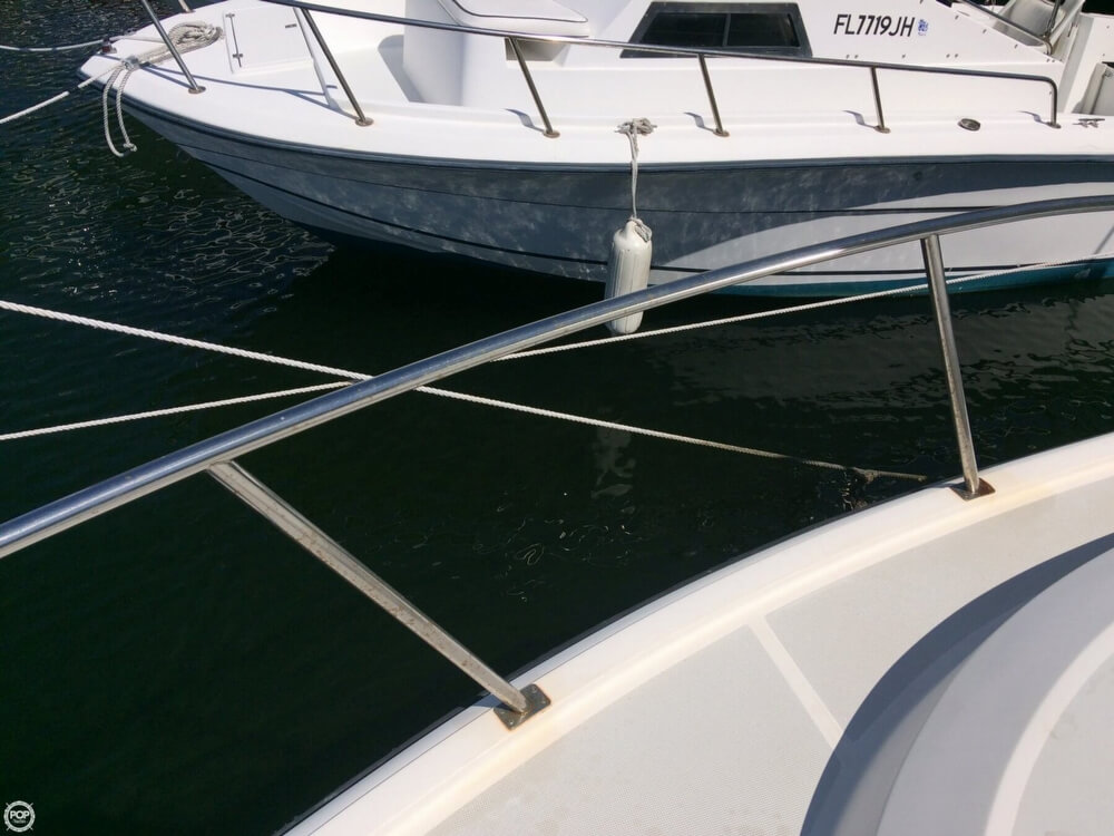 1985 Tiara Yachts boat for sale, model of the boat is 2700 Pursuit & Image # 37 of 40