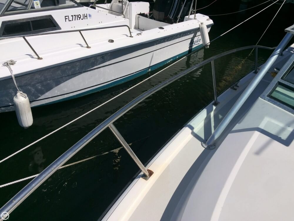 1985 Tiara Yachts boat for sale, model of the boat is 2700 Pursuit & Image # 38 of 40