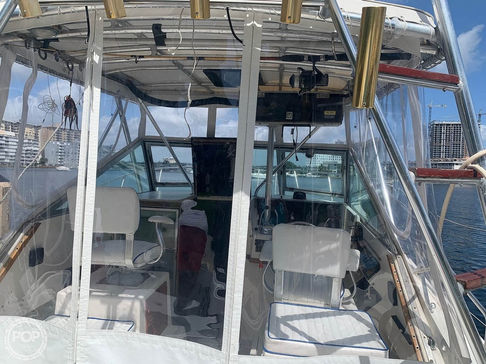 1985 Tiara Yachts boat for sale, model of the boat is 2700 Pursuit & Image # 4 of 40