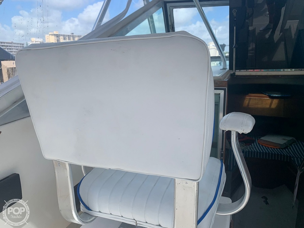 1985 Tiara Yachts boat for sale, model of the boat is 2700 Pursuit & Image # 6 of 40