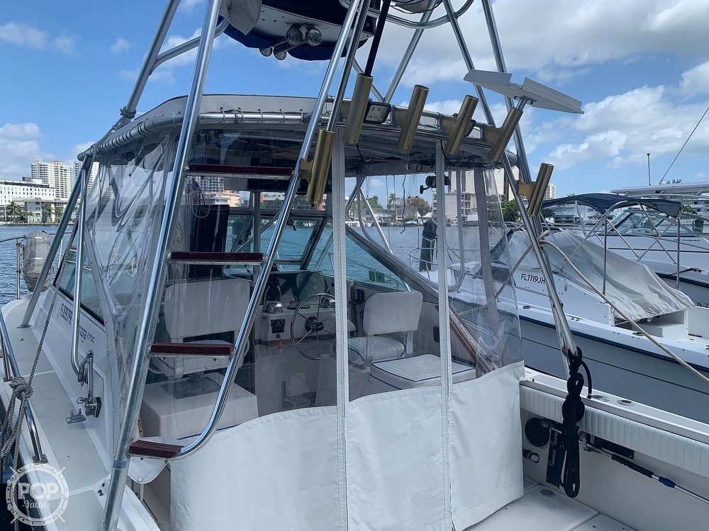 1985 Tiara Yachts boat for sale, model of the boat is 2700 Pursuit & Image # 20 of 40