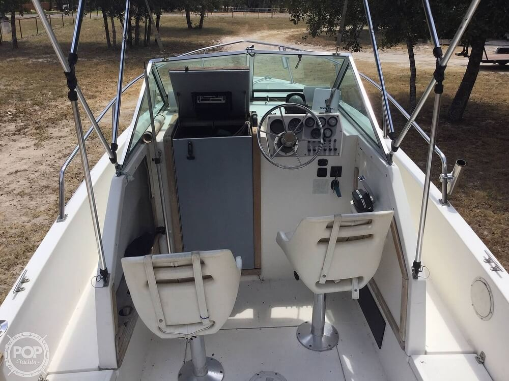 1989 Aquasport boat for sale, model of the boat is 222 Express Fisherman & Image # 10 of 41