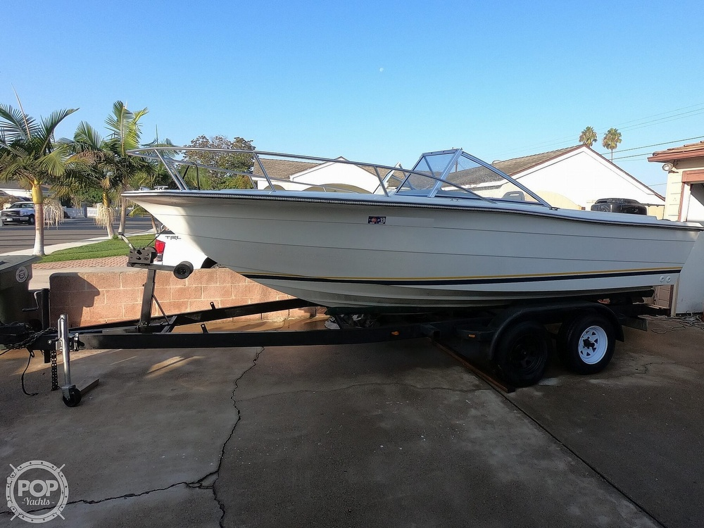 1987 Hydra-Sports boat for sale, model of the boat is 202 DC & Image # 3 of 40