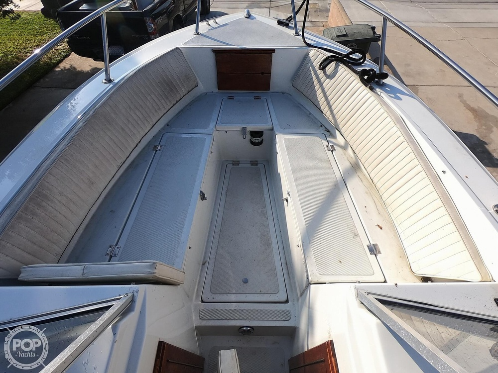 1987 Hydra-Sports boat for sale, model of the boat is 202 DC & Image # 8 of 40