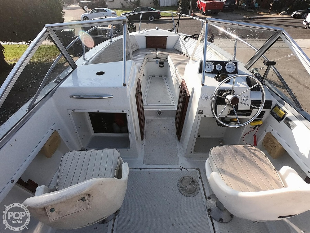 1987 Hydra-Sports boat for sale, model of the boat is 202 DC & Image # 9 of 40