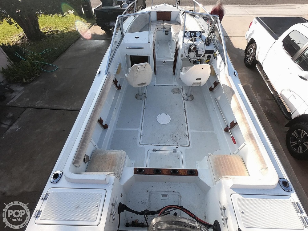 1987 Hydra-Sports boat for sale, model of the boat is 202 DC & Image # 12 of 40