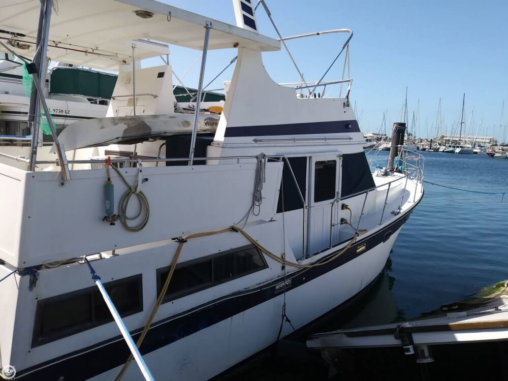1990 Marine Trader boat for sale, model of the boat is 36 & Image # 25 of 40