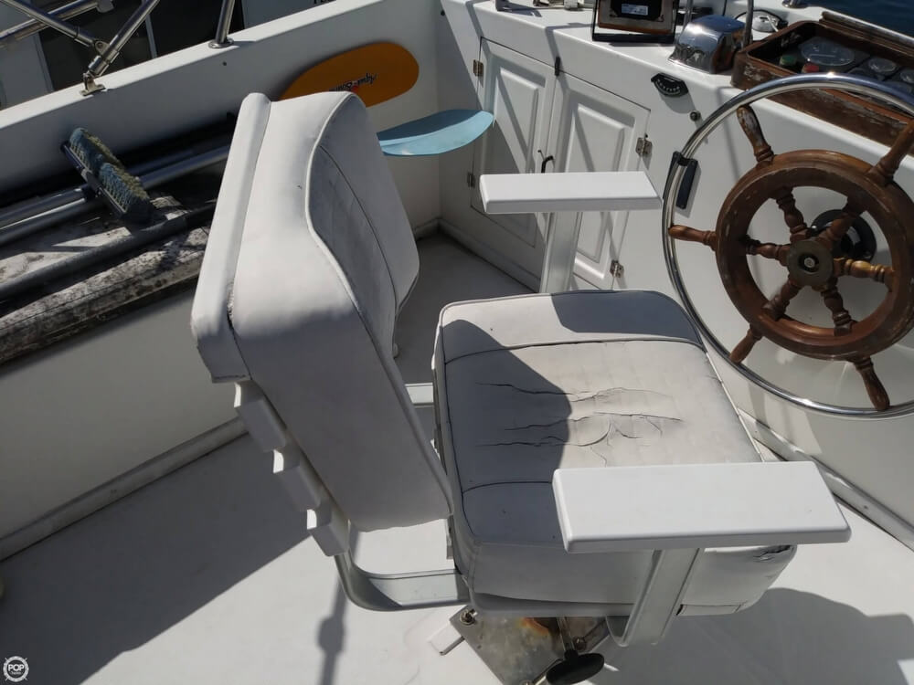 1990 Marine Trader boat for sale, model of the boat is 36 & Image # 31 of 40