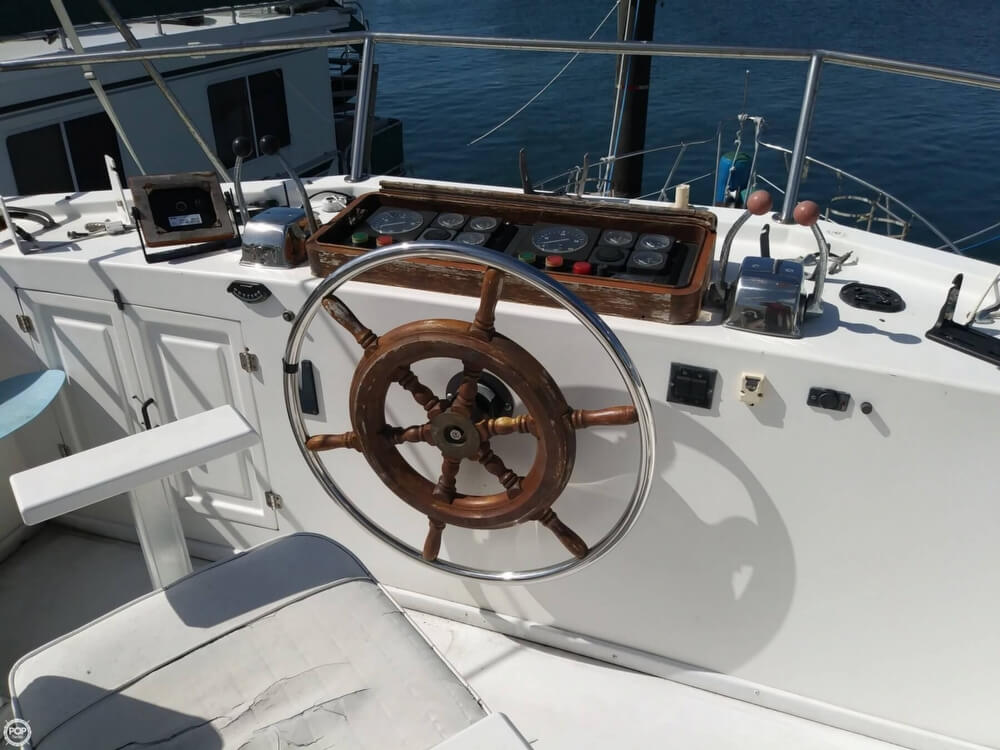 1990 Marine Trader boat for sale, model of the boat is 36 & Image # 32 of 40