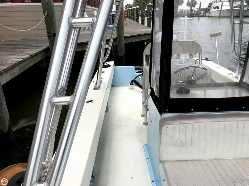 1989 Privateer boat for sale, model of the boat is 2400 & Image # 18 of 40