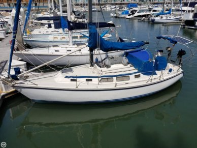 Newport 33, 33', for sale - $26,000