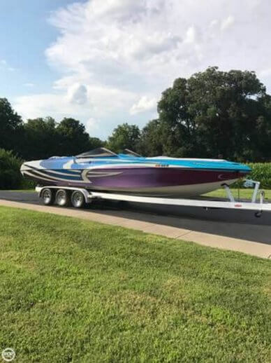 Kachina Drone 30 Mid-Cabin Open Bow, 30', for sale - $59,000