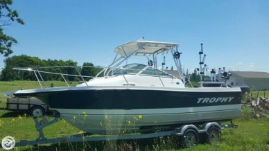 Trophy 2102, 21', for sale - $39,500