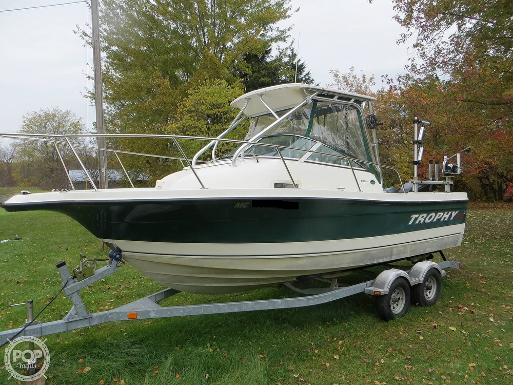 2011 Trophy boat for sale, model of the boat is 2102 & Image # 24 of 40
