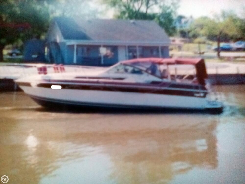 1985 Wellcraft 32 - image 2