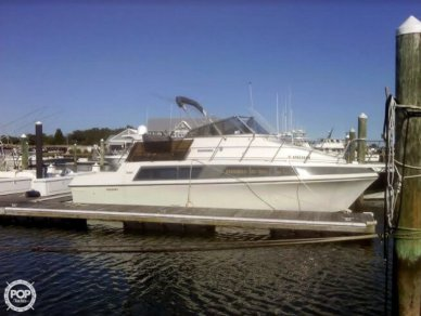 Carver 330 Mariner, 34', for sale - $29,999