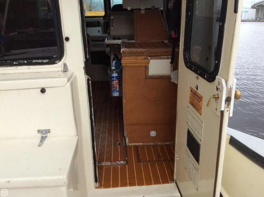 2012 AAC Marine boat for sale, model of the boat is 33 & Image # 8 of 40