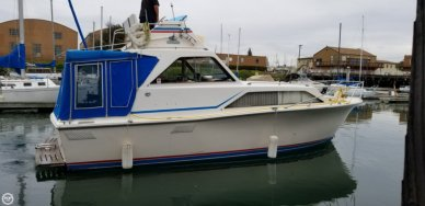 Pacemaker Sedan Cruiser, 30', for sale - $15,000