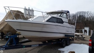Bayliner 2452 Classic, 23', for sale - $18,500
