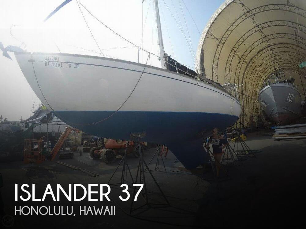 1968 Islander 37