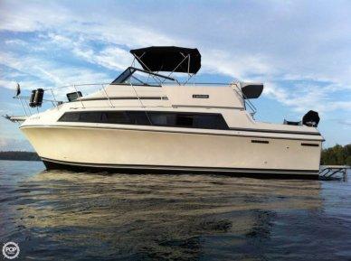 Carver 3297 Mariner, 32', for sale - $26,000