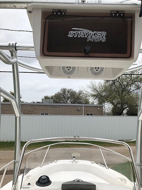 2008 Boston Whaler boat for sale, model of the boat is 180 Dauntless & Image # 16 of 26