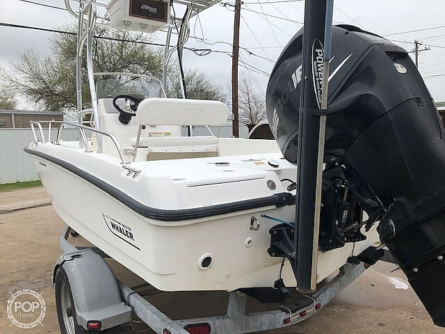 2008 Boston Whaler boat for sale, model of the boat is 180 Dauntless & Image # 18 of 26