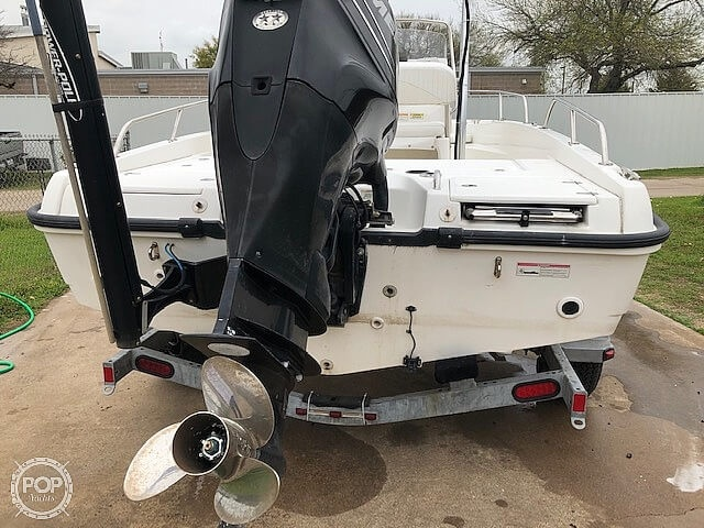 2008 Boston Whaler boat for sale, model of the boat is 180 Dauntless & Image # 19 of 26