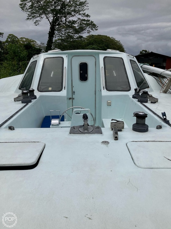 1998 Atlantic boat for sale, model of the boat is A42 & Image # 8 of 19