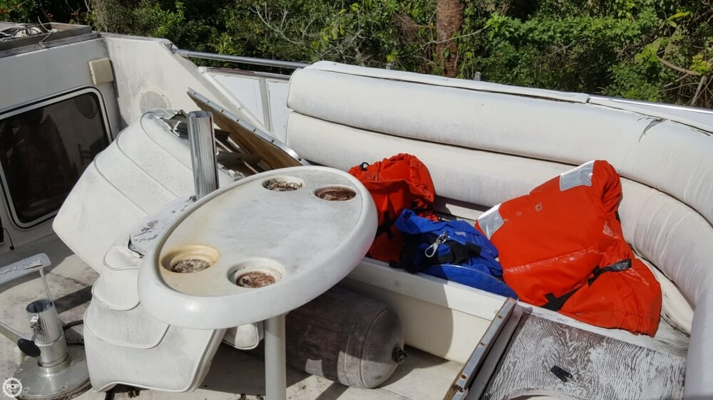 1986 Chris Craft boat for sale, model of the boat is 381 Catalina & Image # 31 of 40