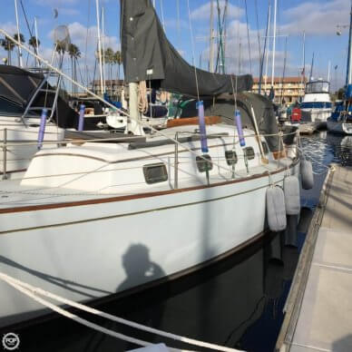 Ericson Yachts 35, 35', for sale - $25,000