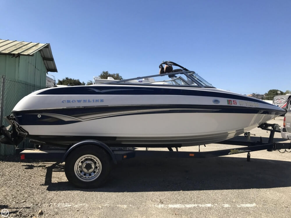 2003 Crownline boat for sale, model of the boat is 180 BR & Image # 32 of 41