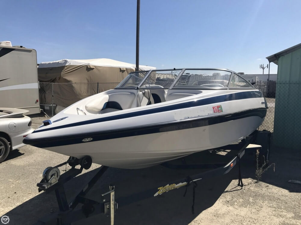 2003 Crownline boat for sale, model of the boat is 180 BR & Image # 33 of 41