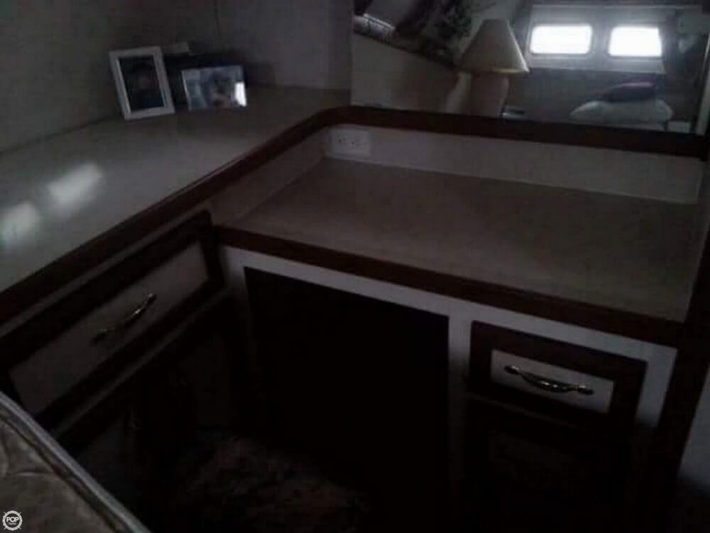 1981 Carver boat for sale, model of the boat is 3607 Aft Cabin & Image # 13 of 40