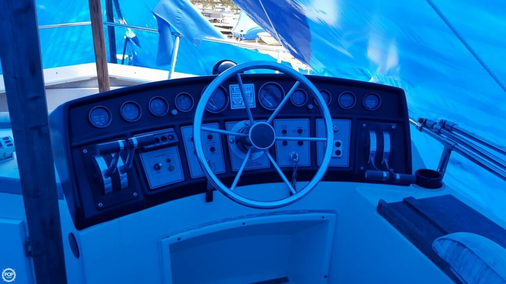1981 Carver boat for sale, model of the boat is 3607 Aft Cabin & Image # 30 of 40