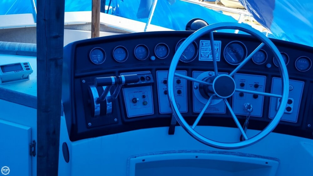 1981 Carver boat for sale, model of the boat is 3607 Aft Cabin & Image # 37 of 40