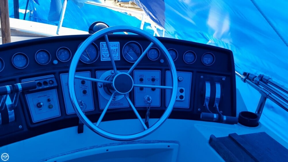 1981 Carver boat for sale, model of the boat is 3607 Aft Cabin & Image # 38 of 40