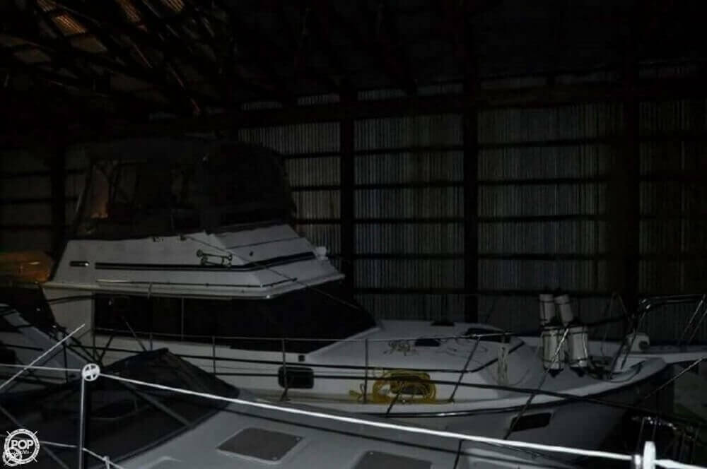 1981 Carver boat for sale, model of the boat is 3607 Aft Cabin & Image # 2 of 40