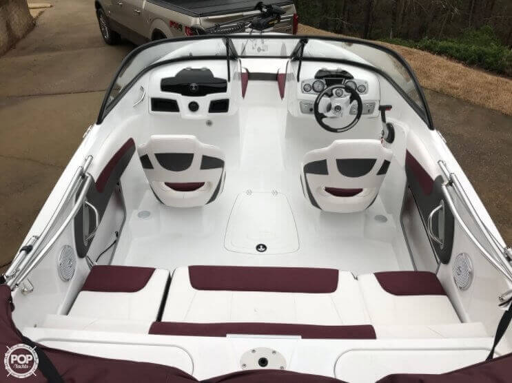 2018 Tahoe boat for sale, model of the boat is 550TF & Image # 3 of 41
