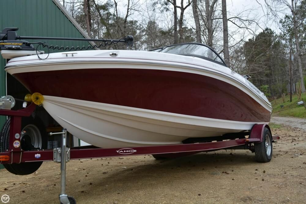 2018 Tahoe boat for sale, model of the boat is 550TF & Image # 10 of 41
