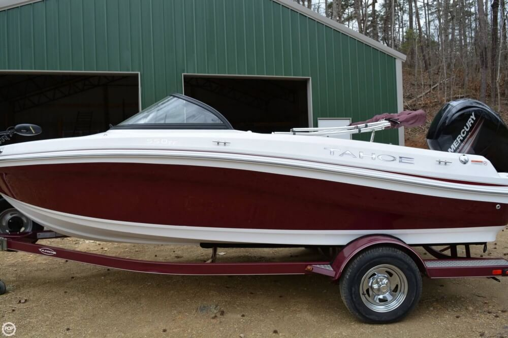 2018 Tahoe boat for sale, model of the boat is 550TF & Image # 11 of 41