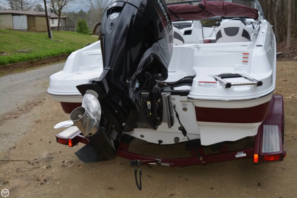2018 Tahoe boat for sale, model of the boat is 550TF & Image # 13 of 41