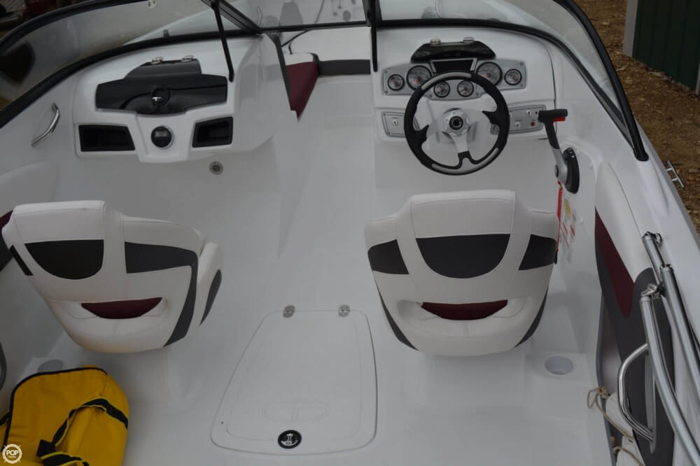2018 Tahoe boat for sale, model of the boat is 550TF & Image # 37 of 41
