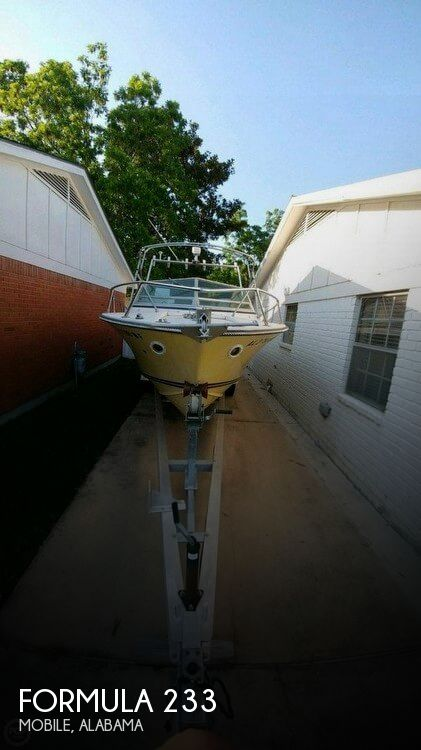 Used Ski Boats For Sale by owner | 1973 Formula 23