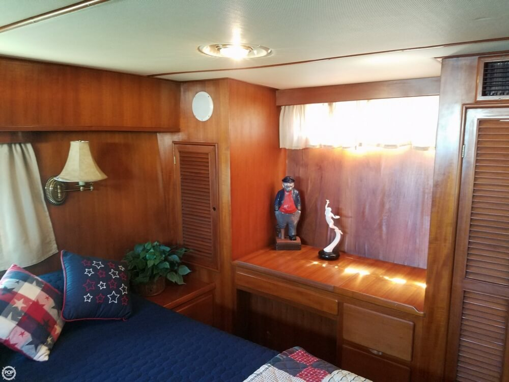 1987 Marine Trader boat for sale, model of the boat is 47 & Image # 12 of 28