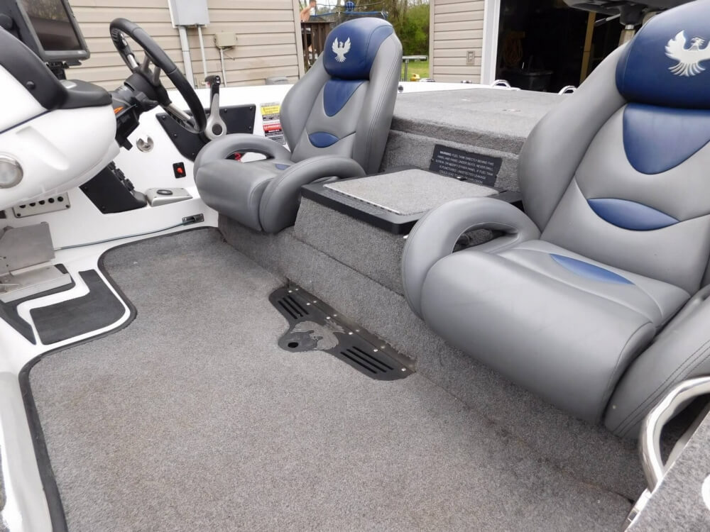 2013 Phoenix boat for sale, model of the boat is 921 Pro XP & Image # 25 of 40