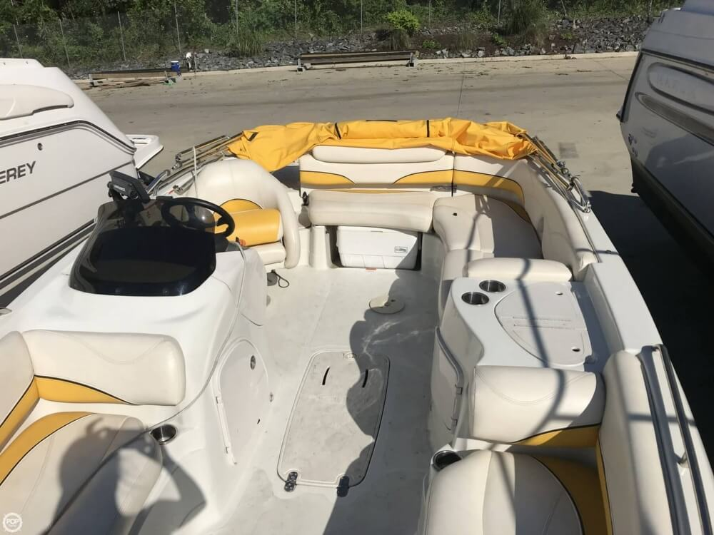2013 Tahoe boat for sale, model of the boat is 215XI & Image # 15 of 39